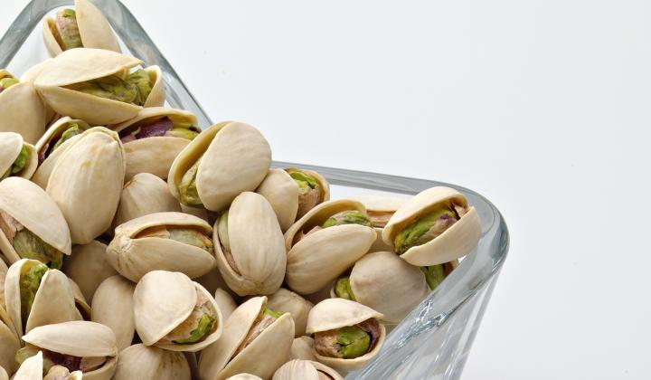 In-shell pistachios-in star